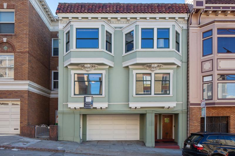 2445-2447 Franklin St., San Francisco